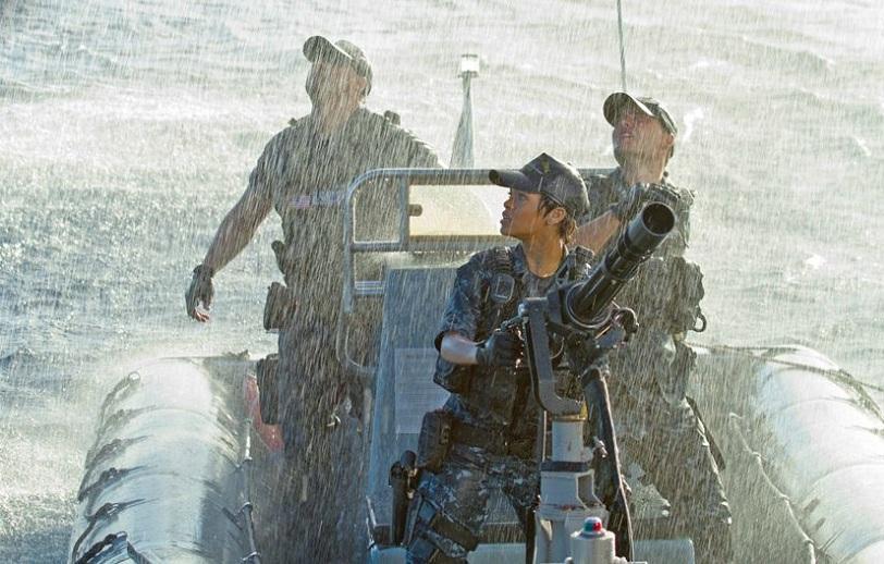 2012_battleship_rihanna.jpg