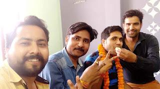 जौनपुर : रोहित अग्रवाल का TGT में हुआ चयन, मित्रों ने दी बधाई