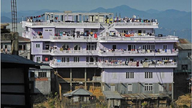 هنا تسكن العائلة الكبيرة لـ زيزنا شانا