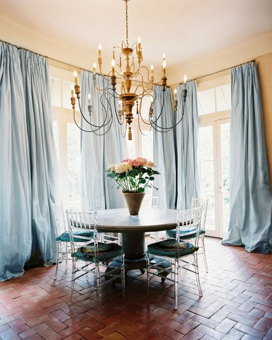 The Peak of Très Chic: Rustic Glam Dining Room
