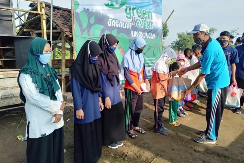 Gelar Go Green Event, Pemerintah Desa Tulung Melakukan Penanaman 1000 Pohon