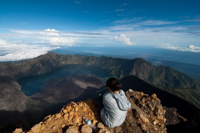Trekking Package Mount Rinjani 5 days 4 nights via Sembalun