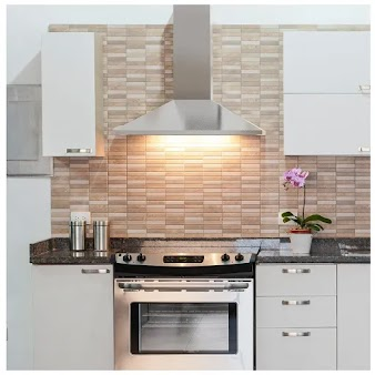 Coifa desafia decoração da cozinha; confira seis dicas para acertar na escolha