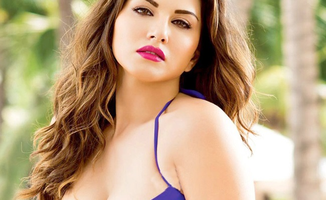 Sunny Leone Whatsapp Group Link List Collection