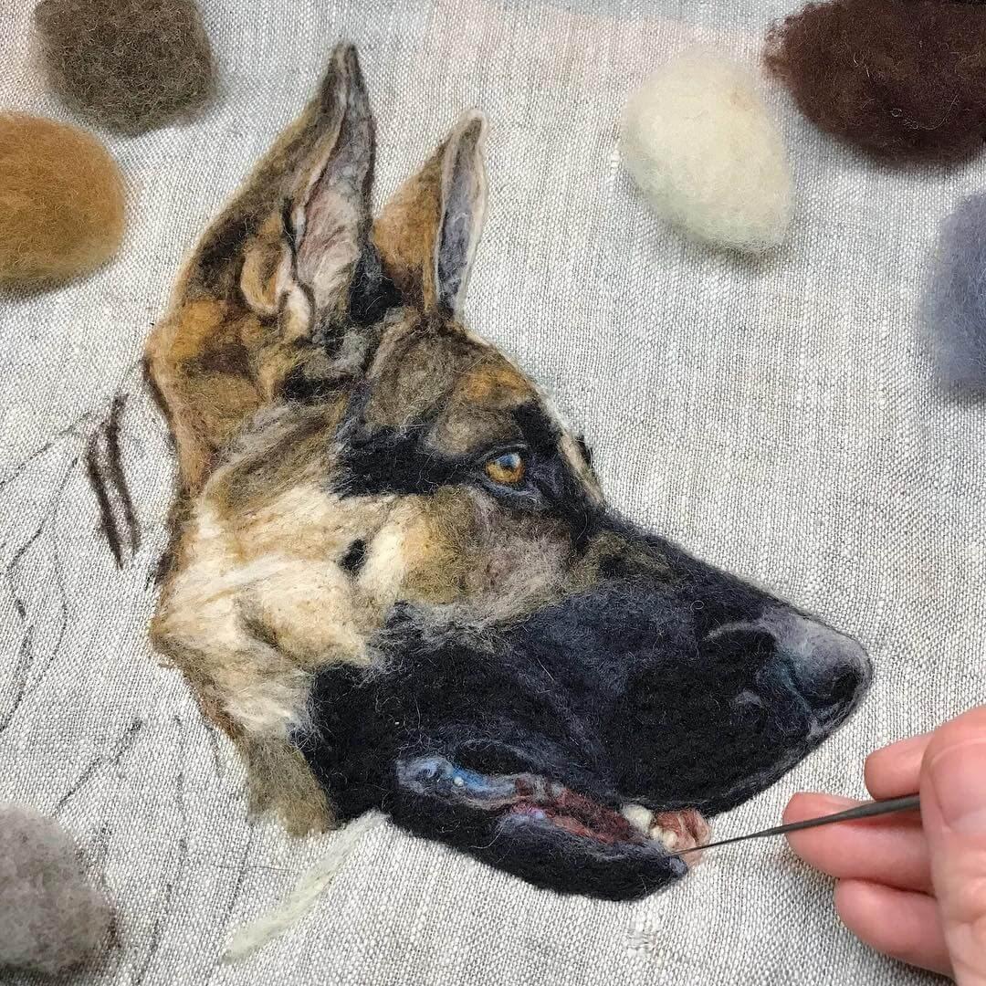 02-German-Shepherd-Dani-Ives-Needle-felting-Wool-and-Needle-Animal-Portraits-www-designstack-co
