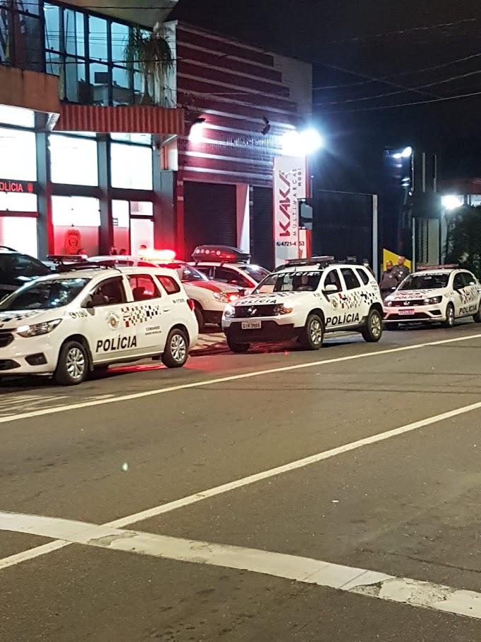 AGENTE PENITENCIÁRIO É PRESO PELA POLÍCIA MILITAR POR ACUSAÇÃO DE VIOLÊNCIA DOMÉSTICA, AMEAÇA E DANO NA VILA DA PRATA