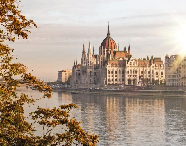 parlamento-di-budapest-poracci-in-viaggio-credit-to-bftc