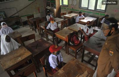 Guru Positif Corona, Seluruh Siswa Dites Swab dan Sekolah Ditutup