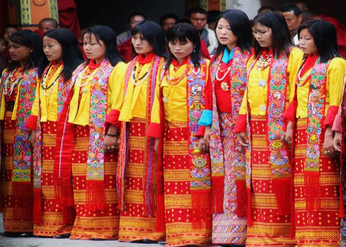 kira-traditional-dress-of-bhutan