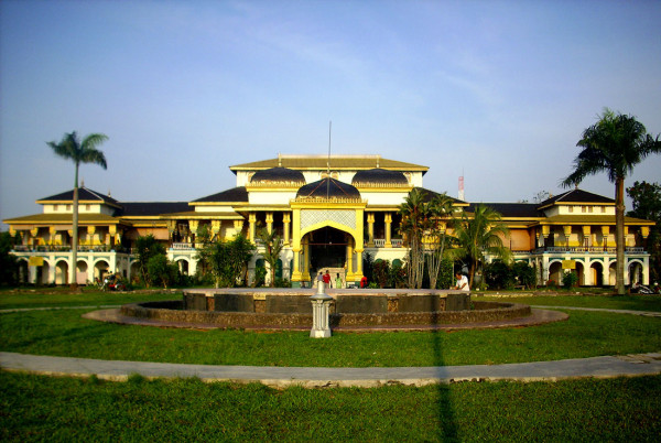 Istana Maimun di Medan