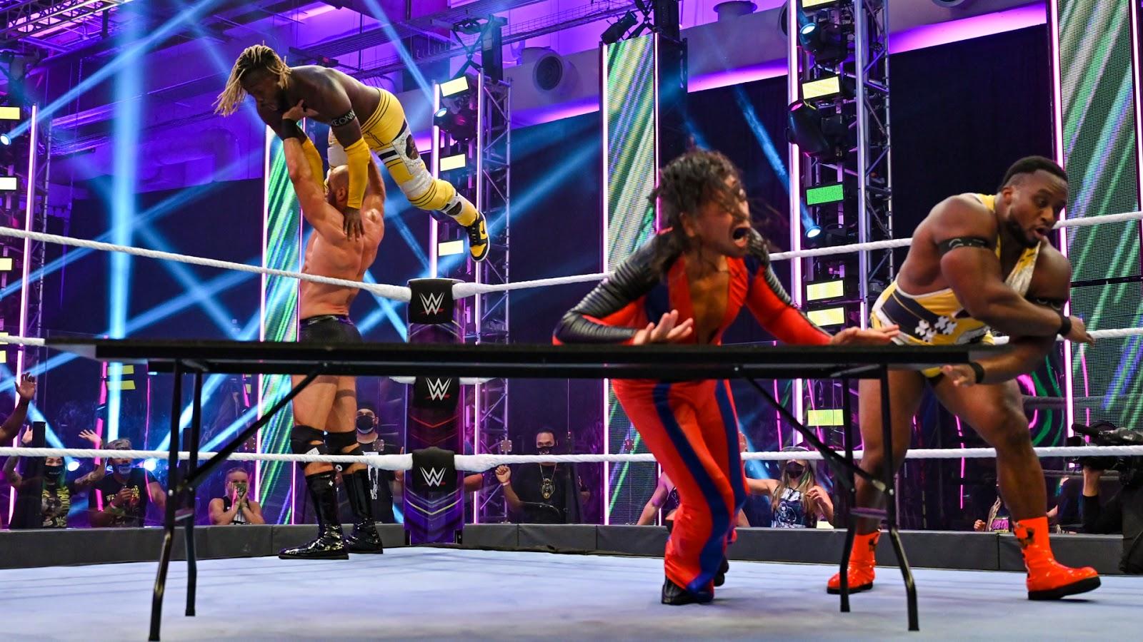 Cesaro e Shinsuke Nakamura são os novos SmackDown Tag Team Champions