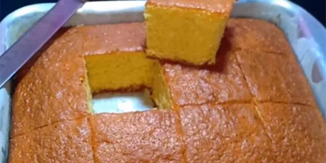 الكيكة العادية الهشة بالمقادير