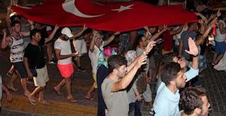 Erdogan Presiden Yang Dicintai Rakyat, Militer melakukan Kudeta, Rakyat Turun Kejalan Lawan Pemberontak - Commando