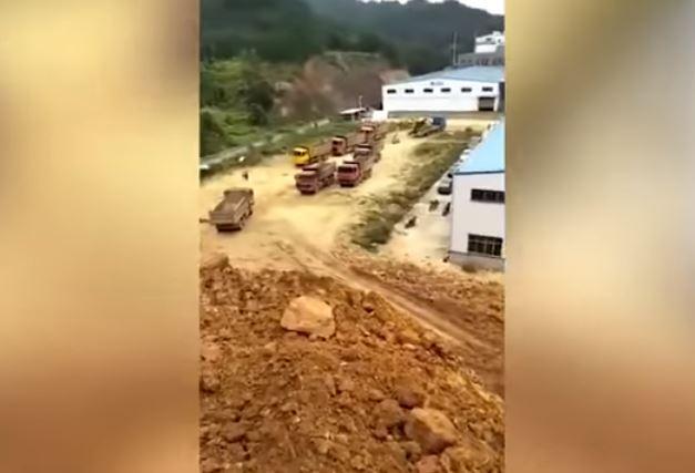 Isang Construction Worker, Nakahukay Ng Preserved Na Bangkay Na Matagal Na Panahon Ng Nakalibing!