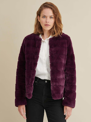 https://www.wilsonsleather.com/product/faux+fur+coat.do?sortby=ourPicksAscend&page=2&from=fn&selectedOption=456389