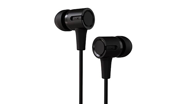 boAt BassHeads 102 Wired Earphones with Immersive Audio| Rs 399