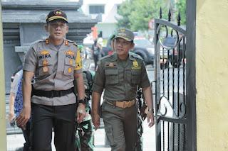 3.555 Personil Siap Amankan Pilkades Serentak