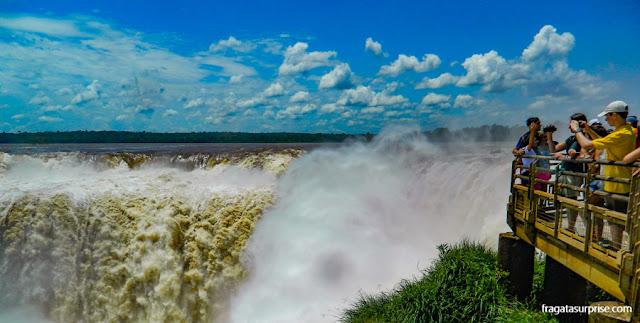 Parque Nacional del Iguazú, lado argentino das cataratas