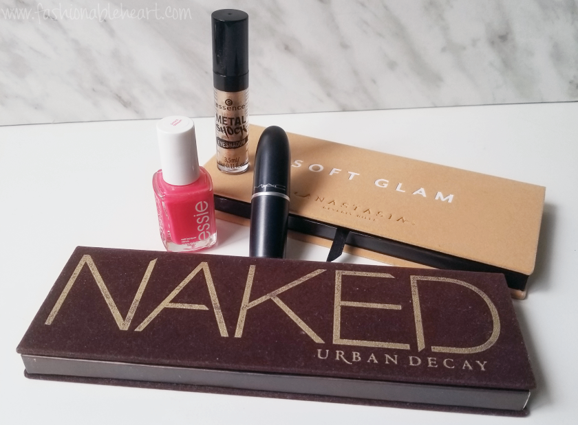bbloggers, bbloggerca, canadian beauty bloggers, essie, peach daiquiri, nail polish, mac, aloof, lipstick, essence, metal shock, solar explosion, naked palette, urban decay, anastasia beverly hills, soft glam, palette, monthly favorites