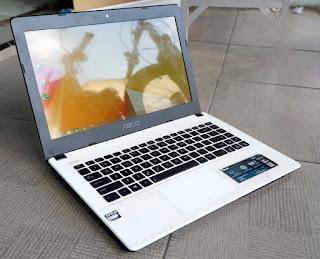 Laptop 1 Jutaan Asus X452EA AMD E2 3800