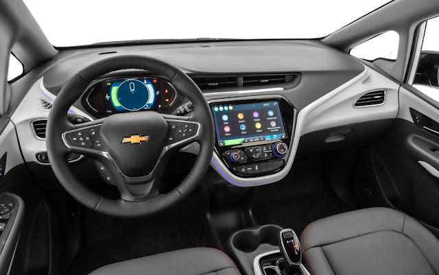 Chevrolet Bolt com autonomia ampliada chega ao Brasil