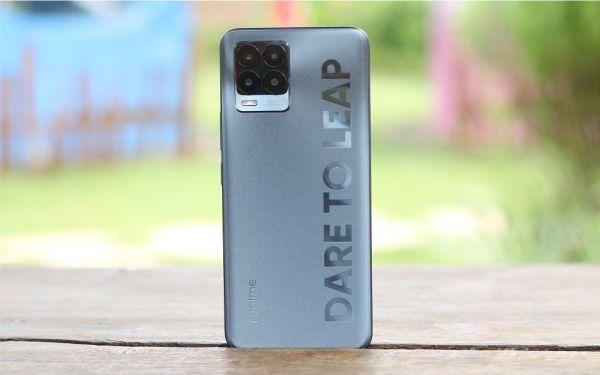 The Best Smartphones Around 300 Dollars Realme 8 Pro