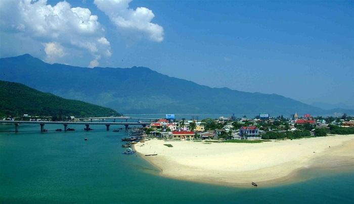 Vịnh Lăng Cô, top các vịnh đẹp nhất thế giới