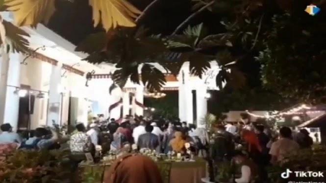VIRAL! Kerumunan Diduga Acara Pesta Ultah Gubernur-Wagub Jatim