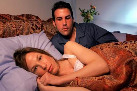 mulher-ruim-de-cama