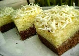 anda kami akan membagikan Resep Kue Brownies Keju Coklat Lembut sebagai kue cemilan untuk RESEP KUE BROWNIES KEJU COKLAT LEMBUT