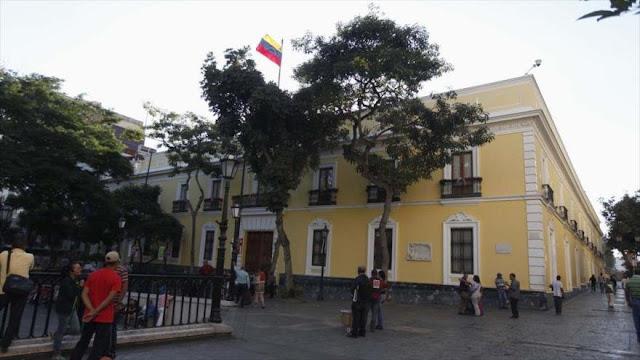 Venezuela: EEUU promueve un golpe para imponer un gobierno títere