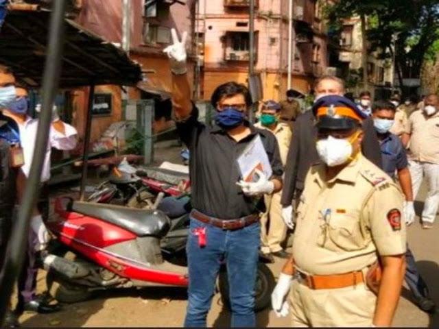 Arnab Goswami and Mumbai Police