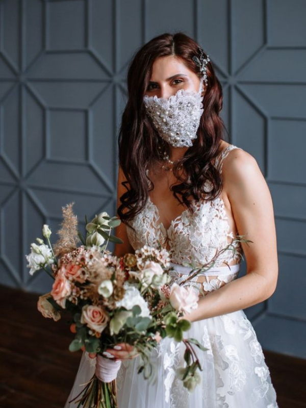 vjenčanje-mlada-nevjesta-vjenčanica-maska-za-lice
