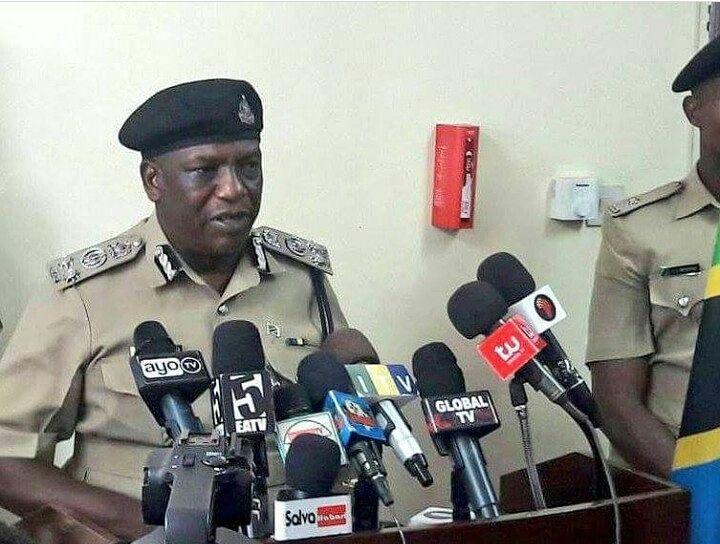 Mabinti Wawili wa Miaka 19 Wadakwa na Polisi kwa Mizi wa Pikipiki
