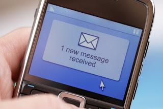 Keunggulan SMS yang Tidak Dimiliki Oleh Aplikasi Chatting Lain