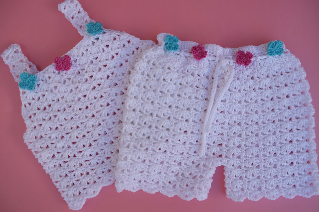 2 - Crochet Imagen Sencilla camiseta de tirantes para el verano a crochet por Majovel Crochet