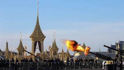 حرق جثة ملك تايلاند في قصر بـ30 مليون دولار غدًا