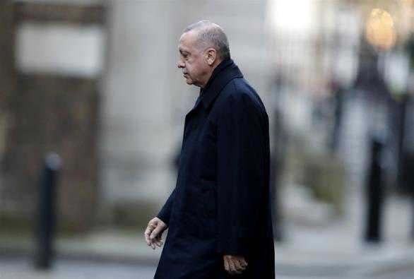 Γυρνάει μπούμερανγκ το τελεσίγραφο Ερντογάν για τη Συρία