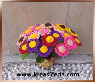Cara Mudah Membuat Buket Bunga Daisy dari Kain Flanel