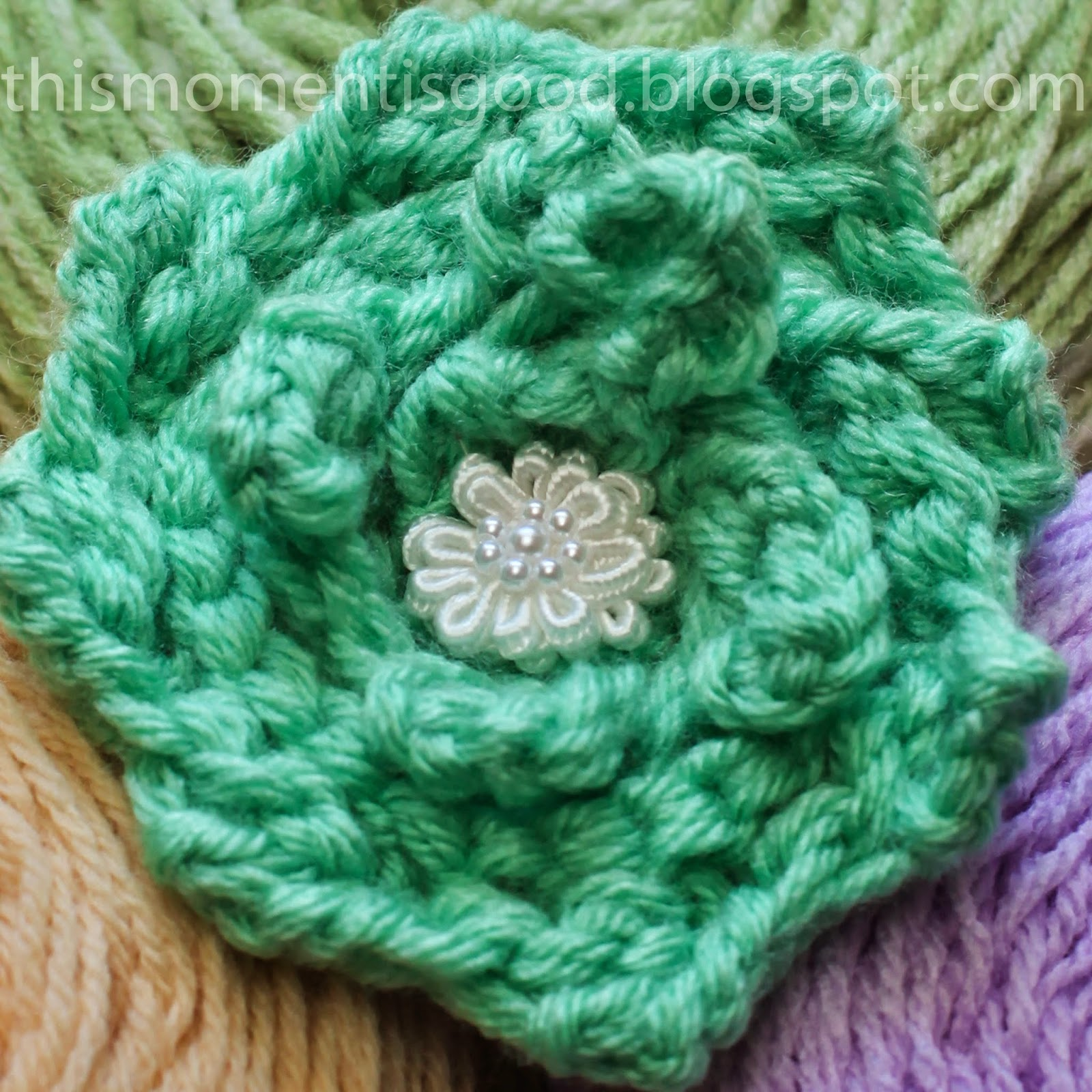 Knitting Rose Pattern : Loom knitting by this moment is good knit rose pattern