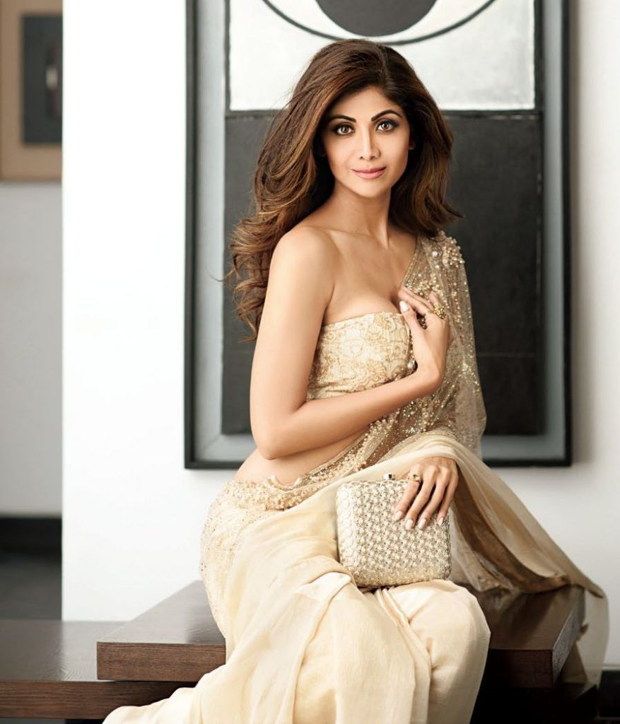 Gorgeous Shilpa Shetty Photo shoot for Hi Blitz India Magazine