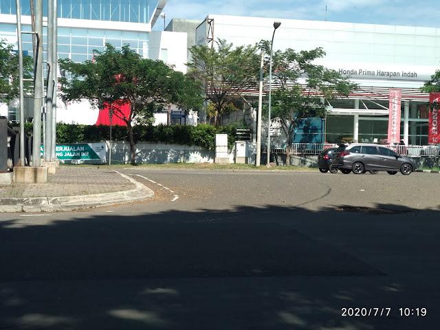 Bagi anda yang tinggal Kota Harapan Indah kawasan permukiman yang terletak di Cakung, Jakarta Timur dan Pejuang, Medan Satria, Bekasi, Jawa Barat. jika ingin melakukan pembelian / service mobil Honda bisa di Honda Harapan Indah ( Dealer Resmi Fasilitas 3 S Lengkap )