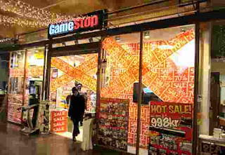 What are GameStop Hours of Operations?