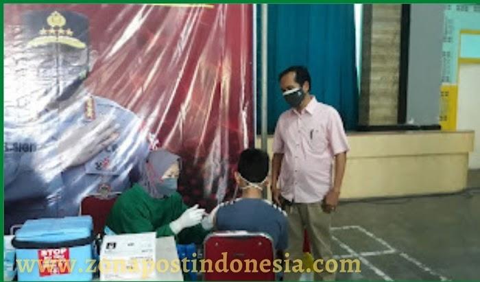 PTPN XI Pabrik Gula Wringinanom Panarukan Bekerjasama Dengan Polres Situbondo Laksanakan Vaksinasi Covid-19 Tahap Kedua