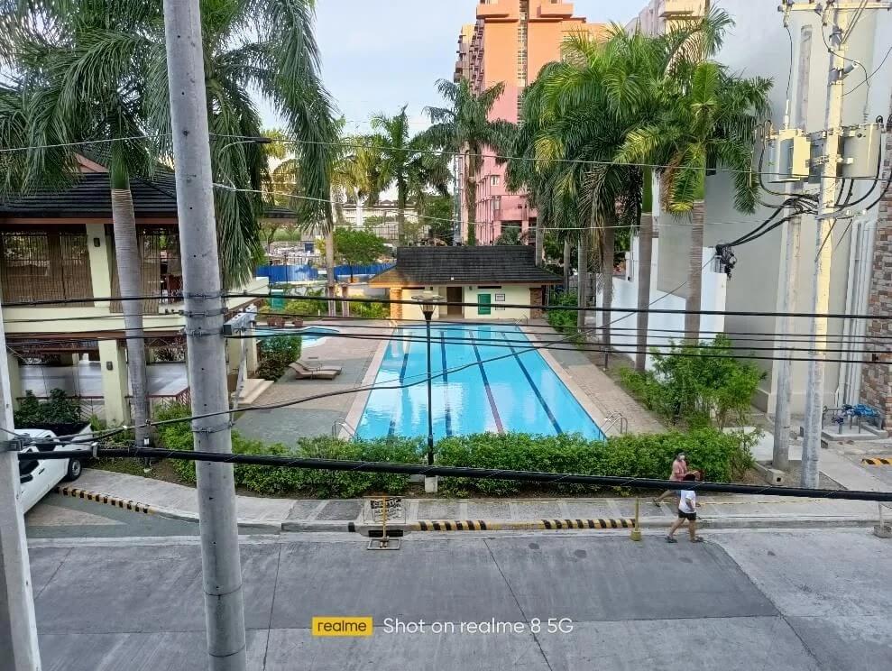 realme 8 5G Camera Sample - Day, Pool, Normal