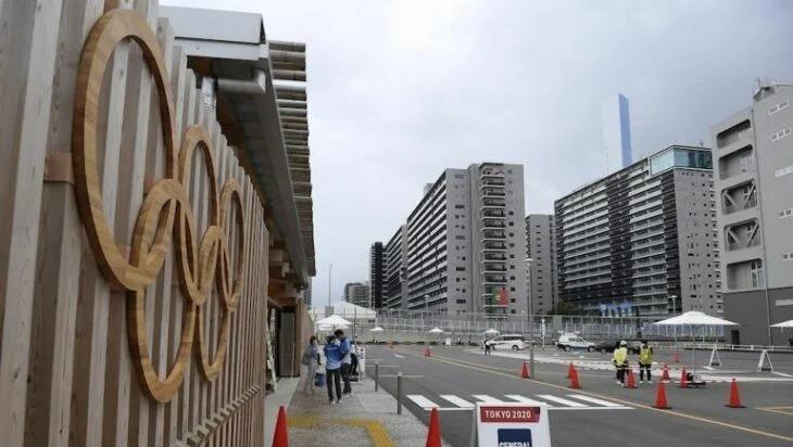 Detectan primer caso covid en villa olímpica en Tokio
