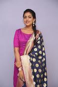 Madhu Shalini laest glam pics-thumbnail-2