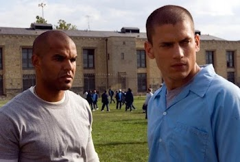Ο πρωταγωνιστής του «Prison Break» ψηφίζει... Ελλάδα! Δείτε τις διακοπές του στη Μύκονο [photos]