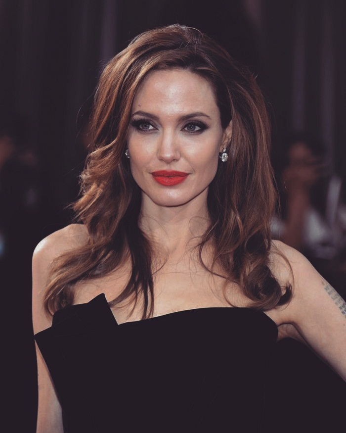 Angelina Jolie - A woman who maintains her true temperament and independence 3
