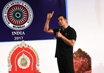 stuntmen-should-get-equal-respect-at-award-shows-akshay-kumar